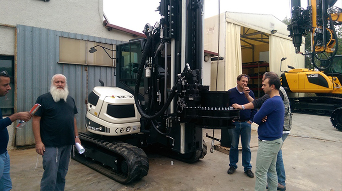 ביקור במפעל Geax | מכונות מיני קידוח